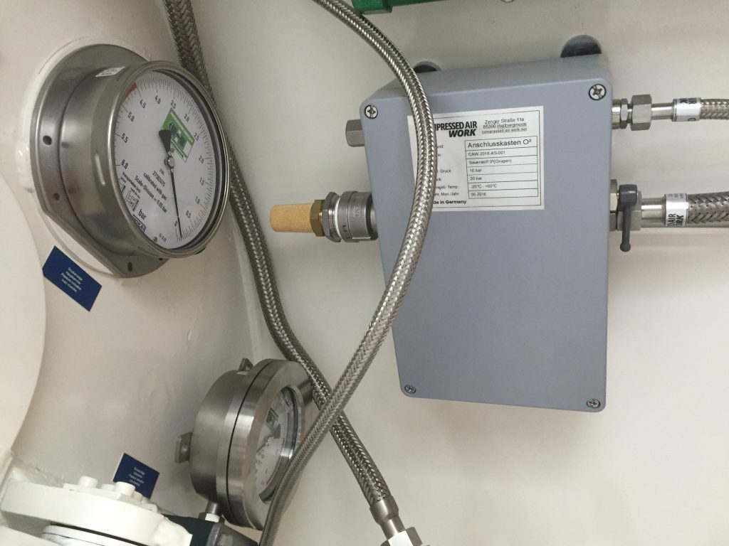 MSS100 Mobile Oxygen System 100