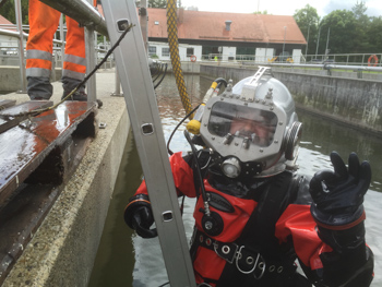 AFS3 Free-Flow Diving Helmet